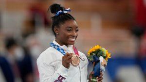 Turnster Simone Biles wint brons op Olympische Spelen met dank aan sportpsycholoog
