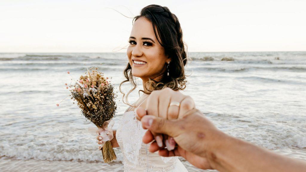 Waarom trouwen vrouwen (niet)? Doe mee aan onze enquête