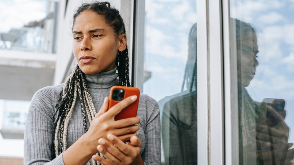 Mila pakte een Uber van €60 voor haar date, die hij uiteindelijk tóch niet wilde splitten