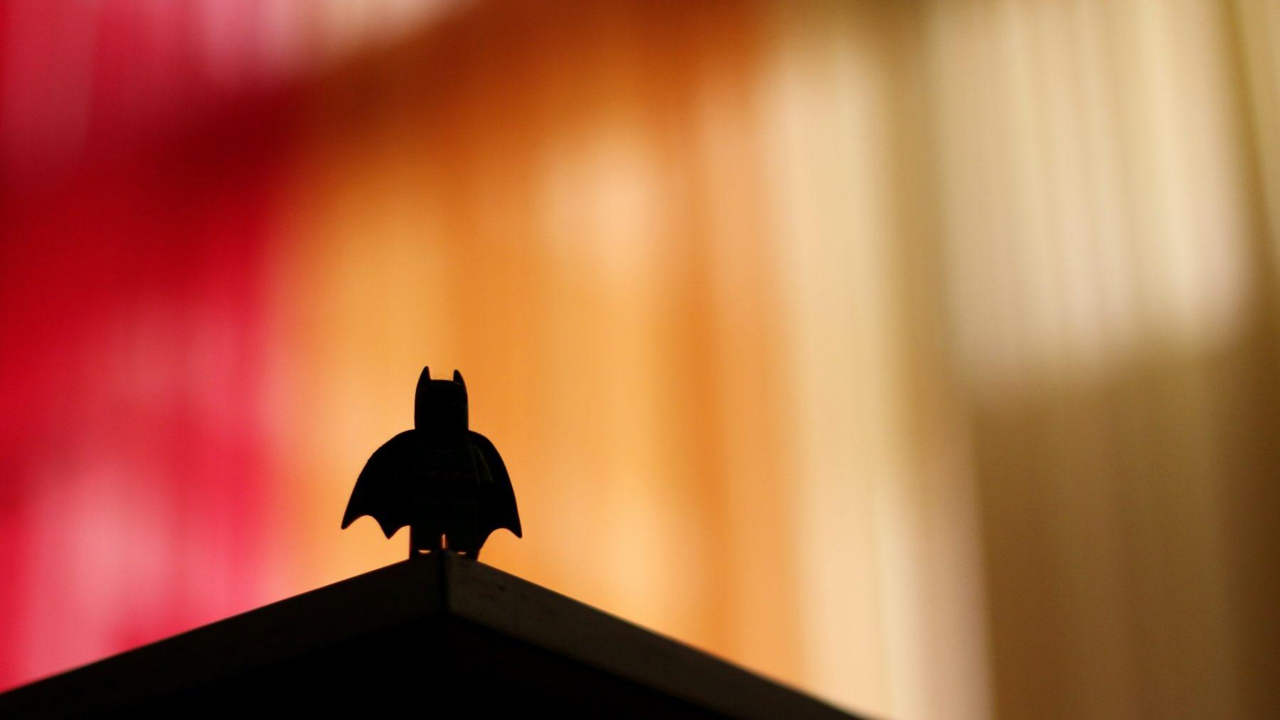 Batman-sidekick Robin is in nieuwste comic - na vele verzoeken - eindelijk biseksueel