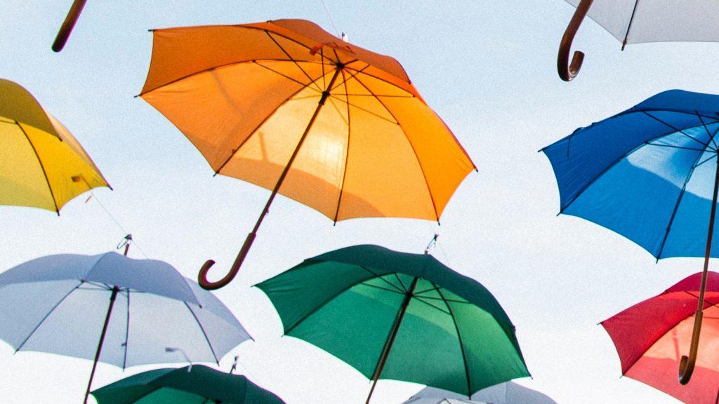 zondag regen zonneschijn wolken zon warm
