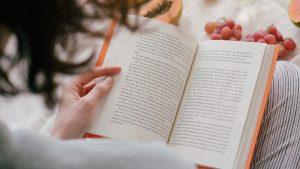 Thumbnail voor Papiertekort treft boekensector, sommige titels mogelijk niet leverbaar