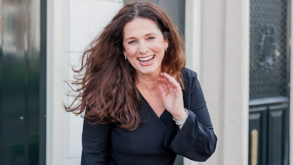 Geurexpert Marcia: 'Pepermuntolie bij opvliegers, ylang ylang voor meer passie'