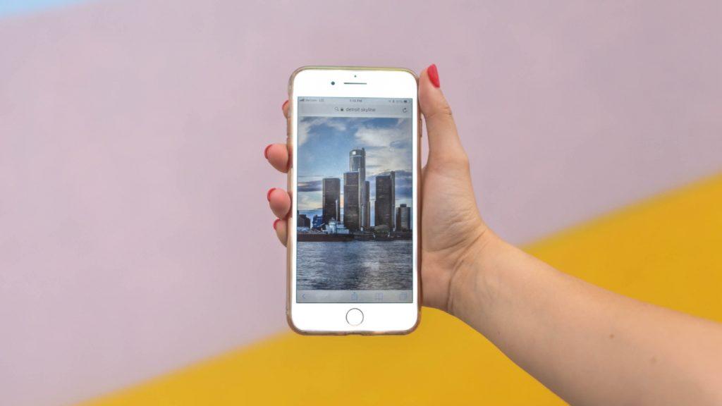 Petra verkocht de iPhone van haar dochter op Marktplaats: 'Vertrouwde het voor geen meter'