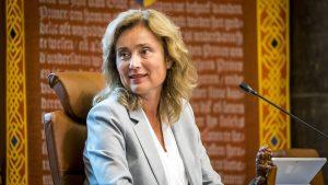 Thumbnail voor Plannen Prinsjesdag wéér uitgelekt, Vera Bergkamp betreurt gang van zaken