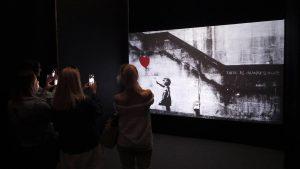 Thumbnail voor Anonieme verzamelaar verkoopt versnipperd Banksy-schilderij: 'Opbrengst tussen 4 en 6 miljoen pond'