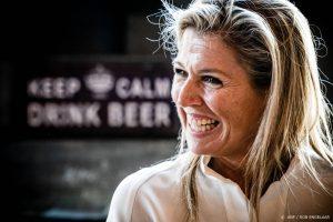 Thumbnail voor Koningin Máxima ontvangt award omdat ze populairste onderwerp is in 'RTL Boulevard'