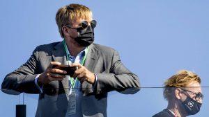 Thumbnail voor Koninklijk gezin bezoekt Max Verstappen in pitsstraat op circuit Zandvoort