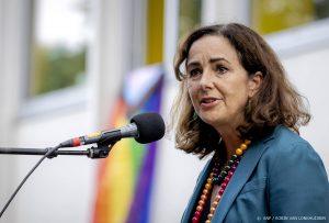 Thumbnail voor Halsema reageert met afschuw op Jodenster bij protest: 'Dieptriest'