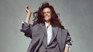 Thumbnail voor Dure kleding is niet aan Elise Schaap besteed: 'In de P.C. Hooftstraat durf ik nergens naar binnen'