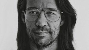 Thumbnail voor Giel Beelen over zijn midlifecrisis op het meditatiekussen: 'Ik wil inspireren'