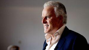 Thumbnail voor Rechtbank herdenkt Peter R. de Vries: 'Eerste dag dat zijn stoel leeg blijft'