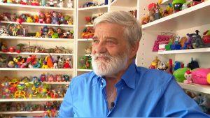 Thumbnail voor Rob betreurt verdwijnen Happy Meal-speelgoed: 'Heb 5.000 speeltjes verzameld'
