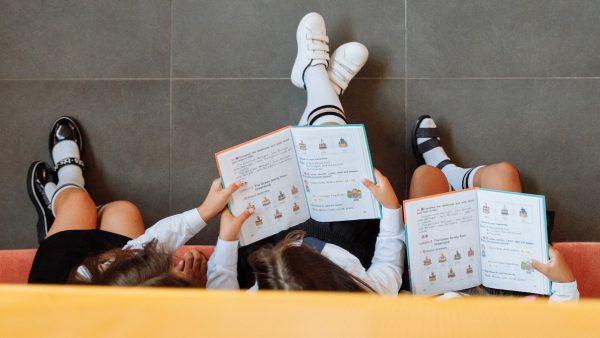 Games stimuleren jongeren om te gaan lezen, blijkt uit onderzoek