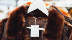 Modemerken Saint Laurent en Brioni stoppen met bont: 'De wereld is veranderd'