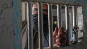 Thumbnail voor Taliban voert omstreden straffen weer in: 'Handen afhakken is zeer noodzakelijk voor de veiligheid'