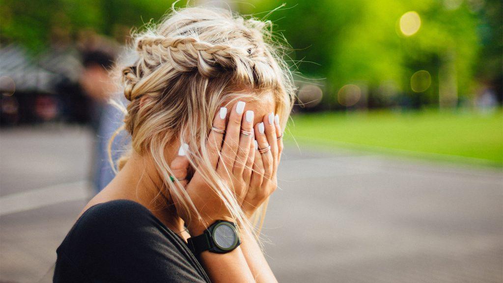 Sabine (33) vertrok iets te gehaast: 'Stond ik in mijn string op de opvang!'