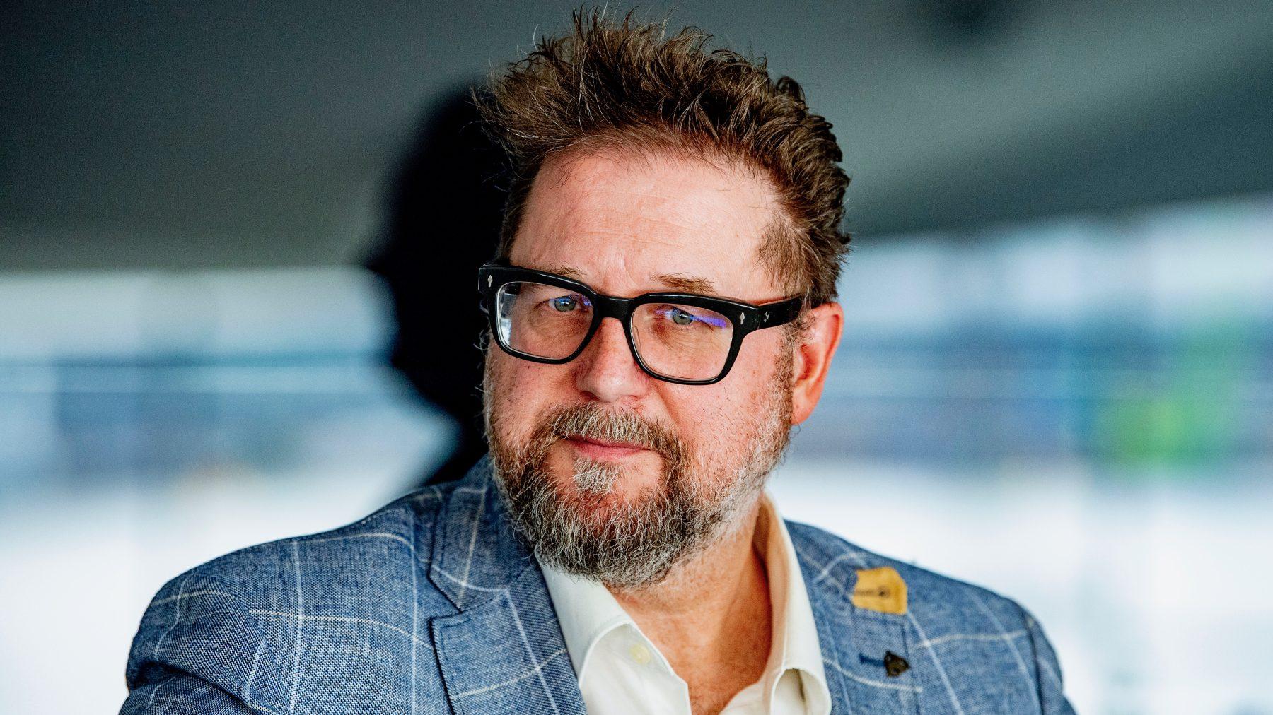 Martin Koolhoven geïrriteerd door vraag over naakt in Nederlandse films: 'Ik wil bijna ophangen'