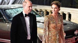 Thumbnail voor Spectaculaire jurk Kate Middleton bejubeld door modepers én Daniel Craig
