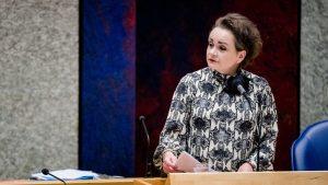 Thumbnail voor Van Huffelen: afhandelen toeslagenaffaire kan nog 'heel lang duren'