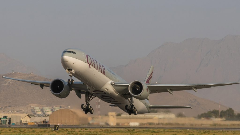 Afghaanse tolken met eindbestemming Nederland verlaten Kabul