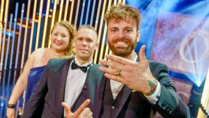 Thumbnail voor Uitreiking Gouden Televizier-Ring weer als 'vanouds' met volle zaal
