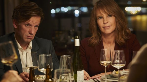 De gloednieuwe film 'Alles op tafel' met Linda de Mol wil je zien