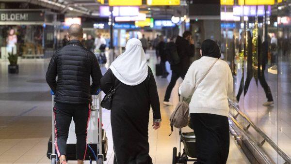 Derde repatriëringsvlucht uit Marokko landt zondag op Schiphol