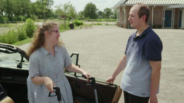 Daniëlle en Remy hebben eerste date in 'Cupido Ofzo'_ 'Om het rustig aan te doen krijgt ze een 9'